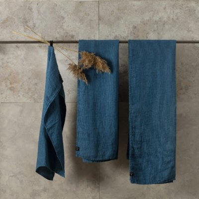 te koop linnen handdoek azur donkerblauw set van 2